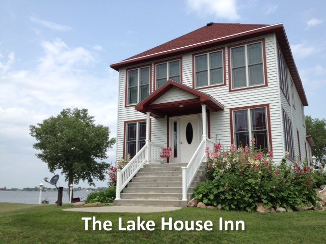 The Lake House Inn Slide Image